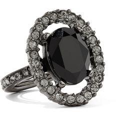 Oscar de la Renta Gunmetal-tone crystal ring ($260) ❤ liked on Polyvore featuring jewelry, rings, gunmetal, oscar de la renta jewelry, crystal jewellery, gunmetal jewelry, crystal rings and crystal stone jewelry
