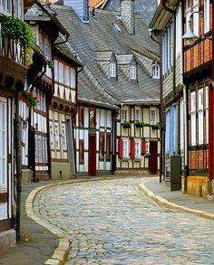 Quiet Street.. Goslar, Lower Saxony, Germany | Flickr - Photo by Mathias Liebi