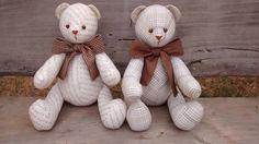 Ursos em tecido e laços em tons de marrom ... Tb gostei !!