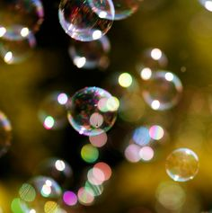 The Myriad Colors Of Bubbles