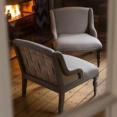 Sessel Chauffeuse bei Torquato.de - Bequeme, niedrige Sesselform aus den 1720ern. Bei diesem niedrigen, bequemen Sessel handelt es…