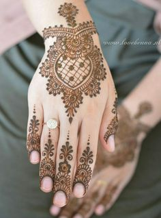 Bridal Henna Designs Mehndi Indian Weddings 27 New Ideas Mehndi Designs For Fingers, Stylish Mehndi Designs, Wedding Mehndi Designs, Mehndi Design Pictures, Best Mehndi Designs, Beautiful Mehndi Design, Henna Tattoo Designs, Mehndi Images, Tattoo Ideas