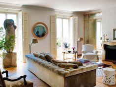 Living room in Madrid apartment decorated by Luis Puerta