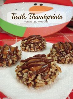 Dessert Now, Dinner Later! : Turtle Thumbprints #cookies #Christmas