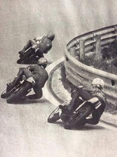 Motorcycle Racers, Racing Motorcycles, Vintage Motorcycles, Valentino Rossi, Classy Cars, Bike Rider, Vintage Racing, Road Racing, Motogp