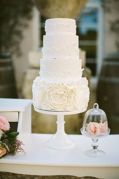 Wedding #Cake by Sweet Tiers   Alison Mayfield Photography Studio   See more on http://www.StyleMePretty.com/australia-weddings/victoria-au/2014/01/15/romantic-wedding-inspiration-at-lindenderry-at-red-hill/