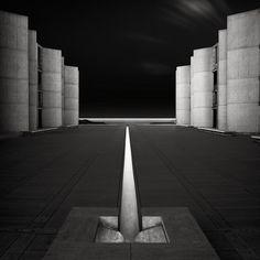 Louis Kahn. The Salk Institute,1962. La Jolla, California. Photograph by Joel Tjintjelaar.