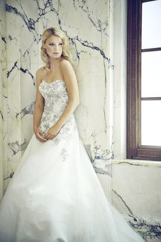Sposa Toscana Von Studio Fee Bridal Make Up, Bridal Hair, Hair Wedding, Studio, Big Day, One Shoulder Wedding Dress, Wedding Dresses, Inspiration, Fashion