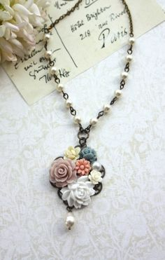 vintage jewelry vintage necklace #beauty #women's fashion jewelry #beautiful jewelry #jewelry #necklace #vintage