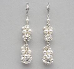 Rhinestone Ball and Pearl Cluster Earrings Long por LizardiBridal, $76.00