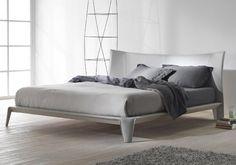 Fancy - Iirs Bed by Mario Ferrarini