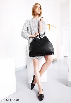 http://goshico.com/en/duza-torba-na-ramie-kameleon-1421.html PRICE: 356.21 €