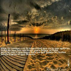 #hazloposible #amaloqueeres #esfuérzate #nútrete #vencelosobstáculos Siempre existe la incertidumbre cuando inicias algo nuevo en tu vida, y quizás lo hagas sin saber las consecuencias que implicara en tu futuro, pero te darás cuenta que la vida, el destino y tu inconscientemente ya has marcado tu camino; cuando menos te des cuenta veras tus progresos y solo entenderás en ese momento que los sacrificios valen la pena por todo lo que puedes lograr, nada es fácil pero tampoco imposible.