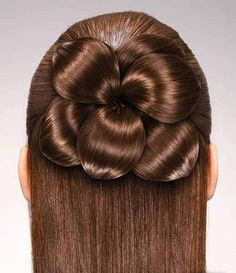 The best hairstyle resembling a flower