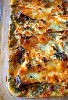 Brie Cheese and Spinach Dip _ Use Parmasean chips or celery or kale chips to dip into it!
