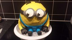 Despicable me cake minion taart