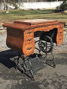 Antique-Ornate-Sewing-Machine-Tiger-Oak-Cabinet-Treadle-Cast-Iron-Base-Only