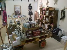 The lovely guys at Cowshed sent us some pictures of our apple vintage fruit crates in-situ. It's great to see retailers dressing some truly innovative spaces and hot spots for their customers.