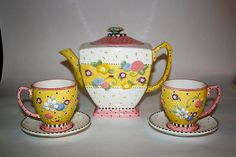 """Mary Engelbreit """"Meadow"""" Tea Set Corkie has this set alone with the flower pot and creamer"""