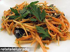Salata de morcovi, cu patrunjel si seminte