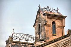 TORRE IRIS (MANZANA RASPALL)  Passeig, 1 / Carrer Figueral, 50 La Garriga (Barcelona)