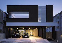 ガレージハウス×中庭 House Elevation, Residential Architecture, Interior Architecture, Garage Design, Garage Apartments, Architect Design, Garage House, Modern House Design, Heim