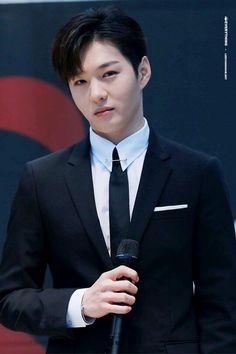 Btob Changsub, Yook Sungjae, Minhyuk, Btob Members, Im Hyun Sik, Park Bo Gum, Fans Cafe, Cube Entertainment, Cnblue