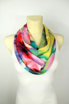 Rainbow Floral Infinity Scarf  Boho Gift Idea for par LocoTrends