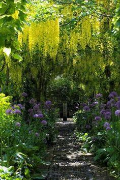 Barnsley House Gardens by Marilyn_Monroe_Wanna_Be