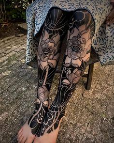 Pretty Tattoos, Love Tattoos, Beautiful Tattoos, Body Art Tattoos, Girl Tattoos, Tatoos, All Black Tattoos, 16 Tattoo, Knee Tattoo
