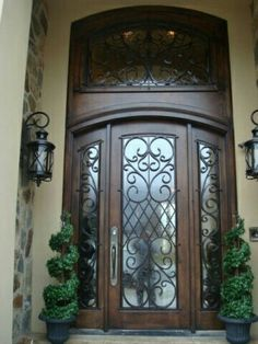 Front door entrance - Tuscan home Design Entrée, Door Design, House Design, Entrance Design, Entrance Doors, Entrance Ideas, Grand Entrance, Door Entryway, Tuscan House