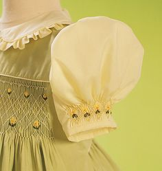 Nice sleeve detail, beautiful dress. This is an out of print Vogue pattern but might not be too difficult to imitate