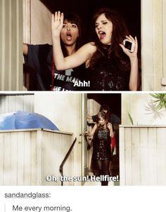 """Oh, the sun"" Hellfire"" - Jess and Cece #NewGirl"