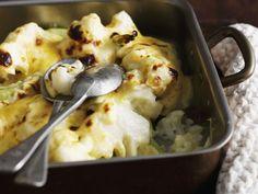 Käse-Blumenkohl-Gratin ist ein Rezept mit frischen Zutaten aus der Kategorie Gemüse. Probieren Sie dieses und weitere Rezepte von EAT SMARTER!