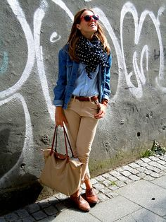 light. Loving the super cute scarf and the baby blue gingham.