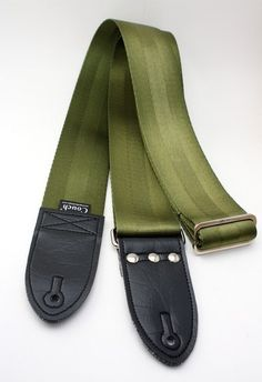 Army Green Recycled Seat Belt Guitar Strap ~ This is the one Anna ordered. Diy Leather Guitar Strap, Party On Garth, Automotive Upholstery, Sleek Look, Cool Things To Make, Army Green, Shoulder Strap, How To Look Better, Recycling