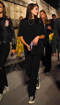 Gerber's Fashion Week Footwear Staple - . - Kaia Gerber's Fashion Week Footwear Staple – New Fashion – -Kaia Gerber's Fashion Week Footwear Staple - . - Kaia Gerber's Fashion Week Footwear Staple – New Fashion – - Looks Street Style, Looks Style, Looks Cool, Model Street Style, Street Style Wear, Zendaya Street Style, Tomboy Street Style, Street Style Summer, Street Style Women