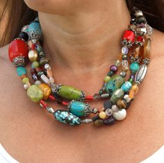 fabulous necklace, lots of color, I think I'd make this so it could be worn long or layered. love it