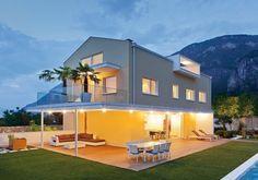 Oltre 1000 idee su case prefabbricate su pinterest for Comprare casa prefabbricata