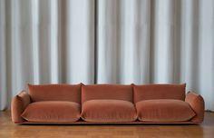 Marenco sofa by Italian Arflex, Designed by Mario Marenco 197 Interior Design Inspiration, Room Inspiration, Living Room Decor, Living Spaces, Home And Deco, Interior And Exterior, Upholstery, Furniture Design, Interior Decorating