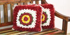 Artesanato com amor...by Lu Guimarães: Como fazer almofada com detalhe floral em crochê