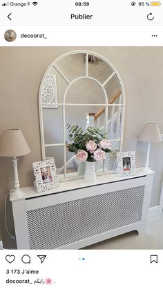 Living Room Mirrors, Cozy Living Rooms, Home Living Room, Entrance Hall Decor, Entryway Decor, Hallway Inspiration, Living Room Inspiration, Shabby Bedroom, Bedroom Decor