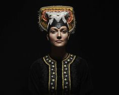 02-Folk-headpiece-married-woman-Slovakia-Tekov.copyright PETRA LAJDOVA.jpg