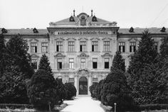 Bajcsy-Zsilinszky utca 4., a mai Nyugat-magyarországi Egyetem központi épülete.