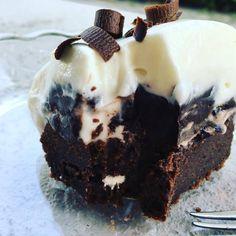 Mandulás hókifli, a megunhatatlan nasi :-) Snacks Dishes, Cheesecake Brownies, No Bake Treats, Cake Cookies, Healthy Snacks, Nutella, Sweet Tooth, Dessert Recipes, Food And Drink