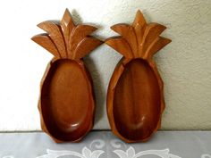 Vintage Wooden Pineapple Bowls Made in Fiji by TimelessTreasuresbyM
