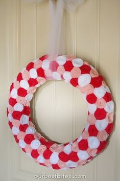 Valentine wreath with felt circles though