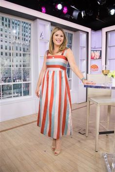 Jenna Bush Hager, Mommy Style, Dresses For Work, Summer Dresses, Got The Look, Fun At Work, Working Woman, Get Dressed, Striped Dress
