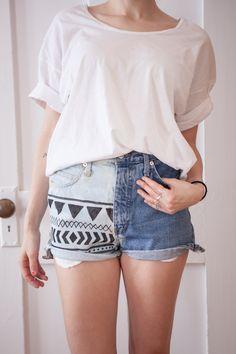 DIY: bleached aztek denim shorts