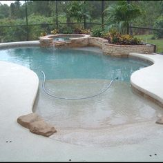 Another beach pool!